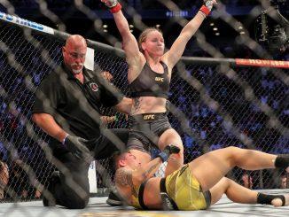 Valentina Shevchenko bat Jessica Andrade